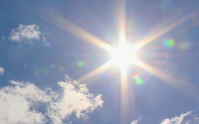 Mơ thấy mặt trời là tốt hay xấu, đánh số mấy?